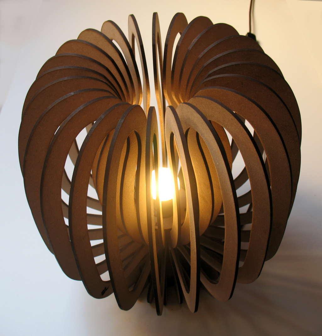 spesso Lampada di design in legno DC09